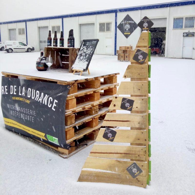 Joyeux Noël - La brasserie de la Durance sous la neige
